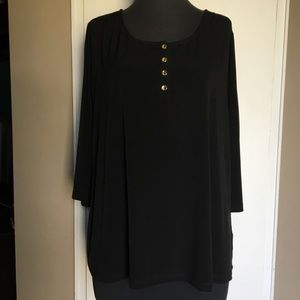 SUSAN GRAVER Liquid Knit Short Sleeve Black Tunic